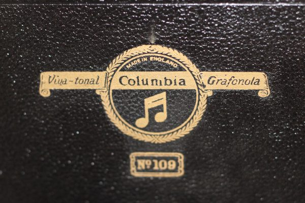 Columbia Model 109 Gramophone decal . Casey Clock Restoration
